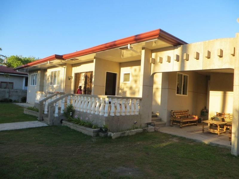 luxurious 4 bedroom bungalow house in placer, masbate