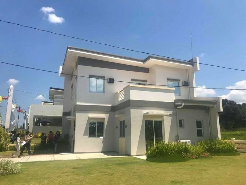 quality house and lot single detached for sale silang cavite