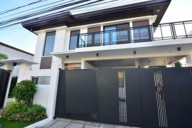 5 Bedroom House for sale in BF Homes, Metro Manila near LRT-1 Baclaran