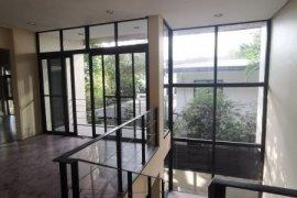3 Bedroom House for rent in San Lorenzo, Metro Manila