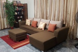4 Bedroom Townhouse for Sale or Rent in Loyola Heights, Metro Manila