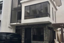 4 bedroom townhouse for sale in MAHOGANY PLACE III