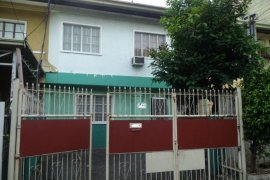 3 Bedroom Townhouse for sale in Manuyo Dos, Metro Manila