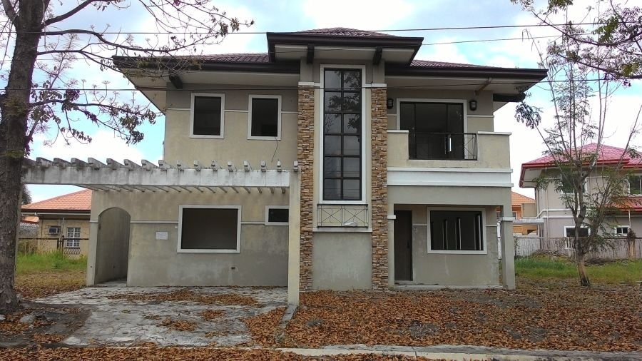 4 bedroom house for sale in brentwood, mabiga, mabalacat