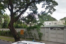 5 Bedroom House for sale in Forbes Park South, Metro Manila near MRT-3 Ayala