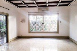 4 bedroom house for sale in Dasmariñas Village