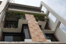 6 Bedroom Townhouse for sale in Bagbag, Metro Manila