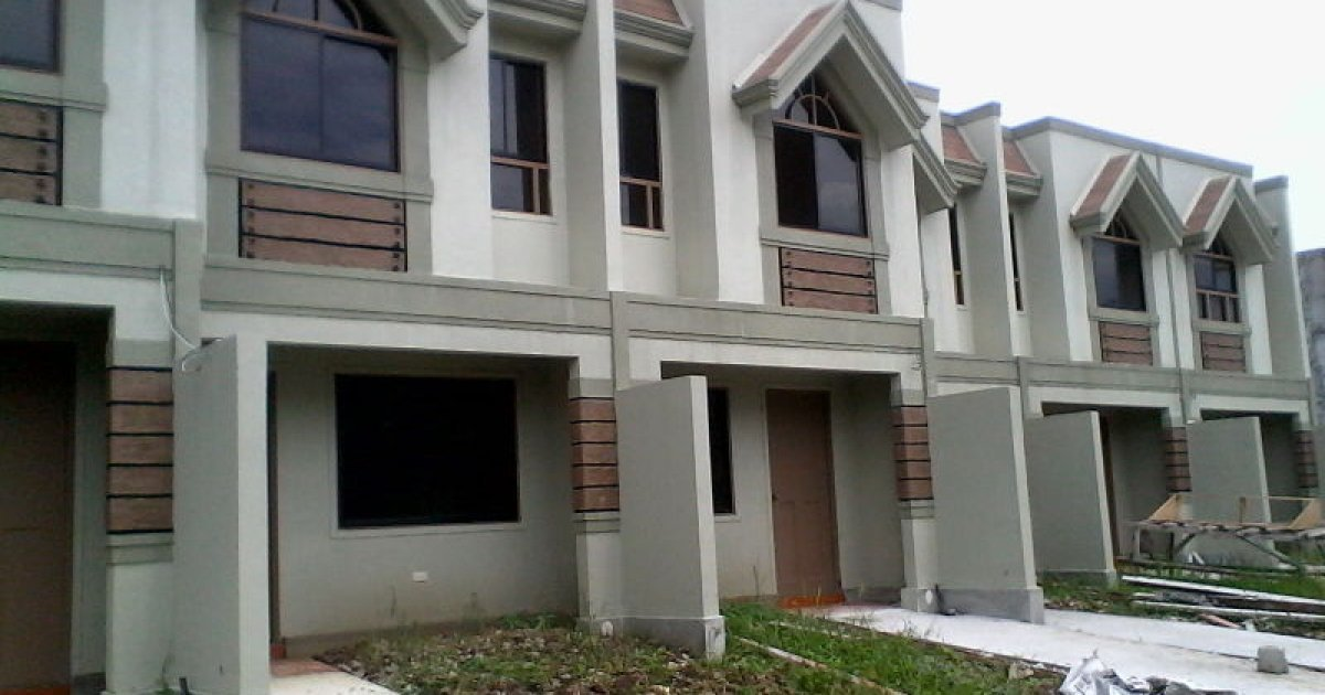 3 Bed Townhouse For Sale In Kaligayahan Quezon City 3 250 000 1912097 Dot Property