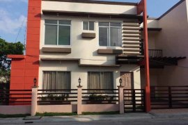 3 bedroom house for sale near LRT-1 Balintawak