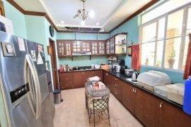 6 Bedroom House for rent in Talon Dos, Metro Manila