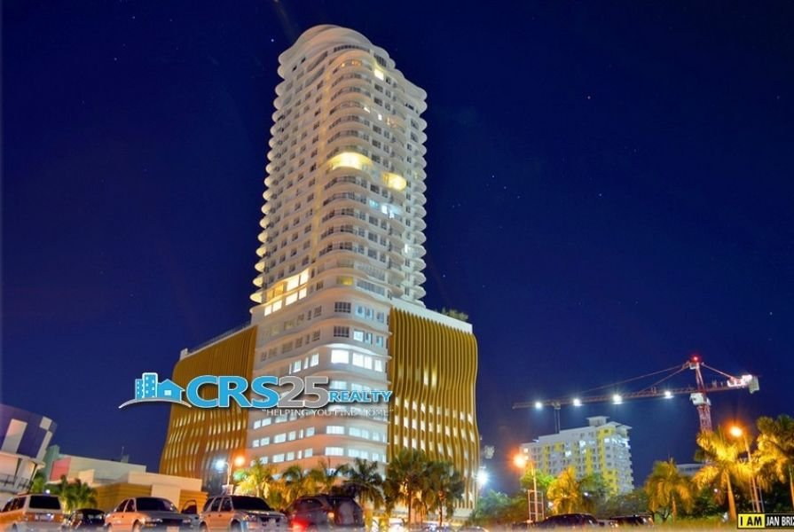 for sale 3 bedrooms funished in calyx center condo cebu