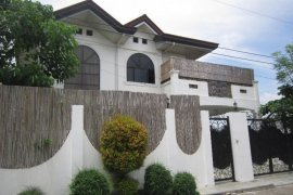 8 bedroom house for rent in Lapu-Lapu, Cebu