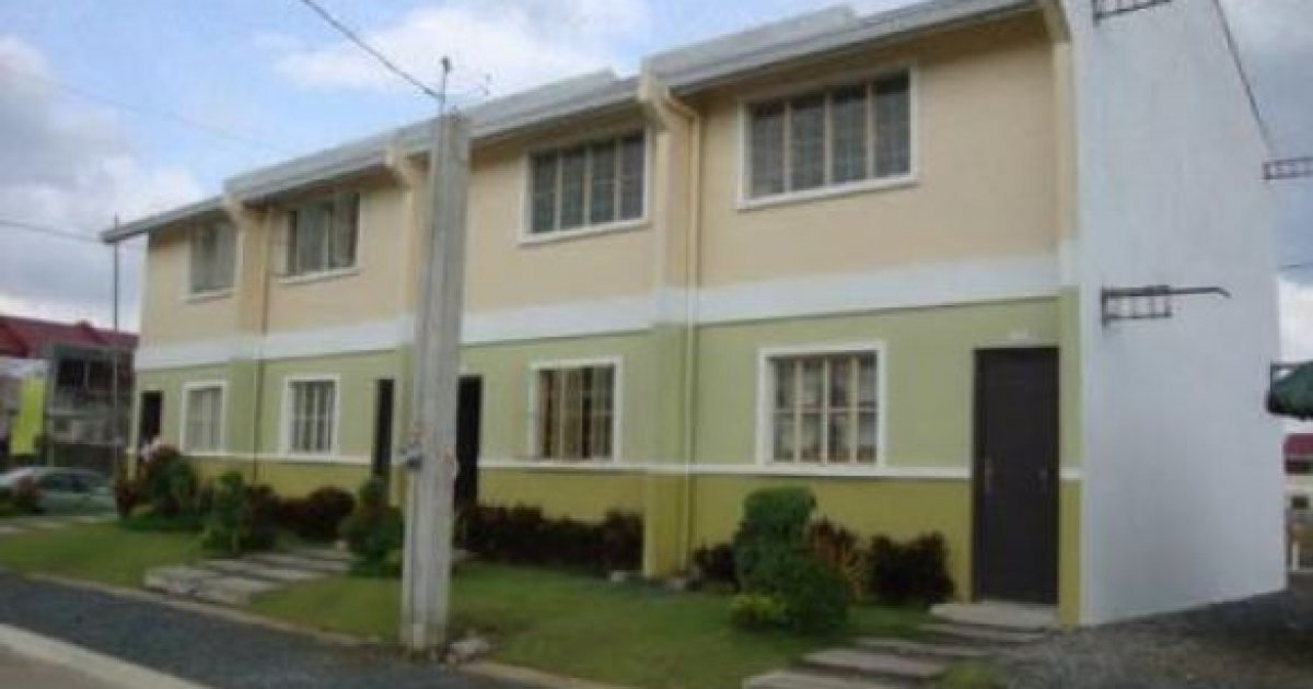 2 Bed Townhouse For Sale In Cavite 747 584 16675 Dot