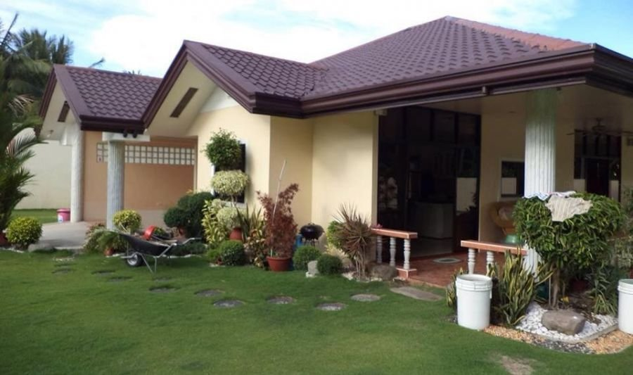 4 bedroom house for sale with pool in bacong, negros orienta