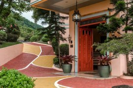 5 Bedroom House for sale in Tagaytay Highlands, Cavite