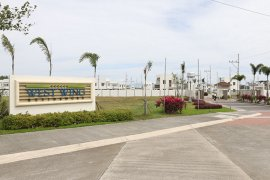 Land for sale in Malitlit, Laguna near LRT-2 Recto