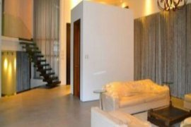 7 bedroom house for sale in Makati, National Capital Region