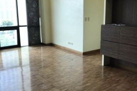 2 bedroom condo for sale in Bonifacio Ridge