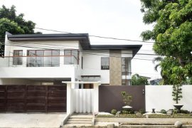 7 Bedroom House for sale in Parañaque, Metro Manila