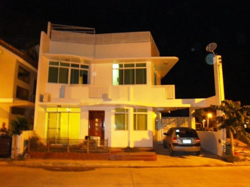house and lot for sale in cebu city,mahogany grove rush sale