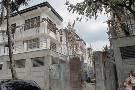 5 bedroom townhouse for sale in Fairview, Quezon City