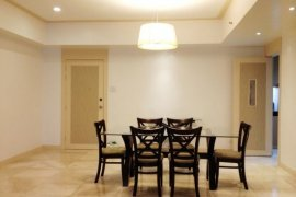 2 bedroom condo for rent in Crown Tower