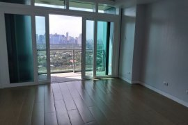 2 Bedroom Condo for sale in 8 Forbestown Centre, BGC, Metro Manila