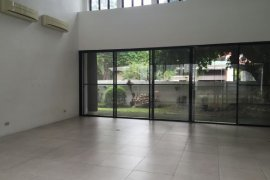 3 Bedroom Villa for rent in San Lorenzo, Metro Manila