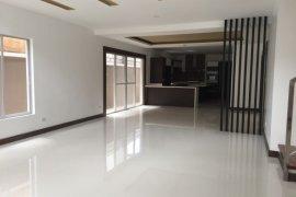 3 Bedroom Townhouse for rent in San Lorenzo, Metro Manila