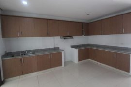 3 bedroom villa for rent in Urdaneta Village