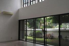 3 Bedroom Villa for rent in San Lorenzo, Metro Manila