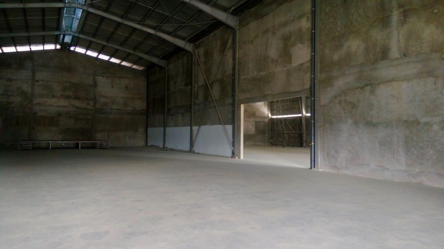 650 sqm rizal warehouse for lease
