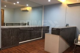 Commercial for rent in South Triangle, Metro Manila near MRT-3 Quezon Avenue