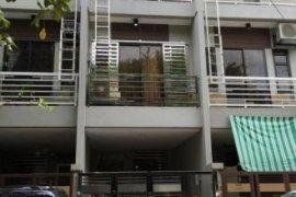 4 bedroom townhouse for sale in Singkamas, Makati