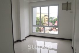 6 bedroom townhouse for sale in Makati, Metro Manila