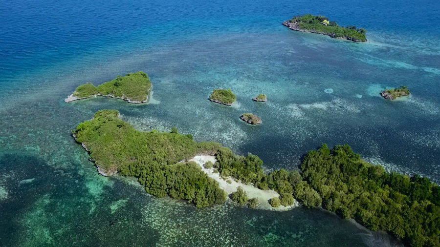 78,000 sqm 3 islands for sale in guimaras