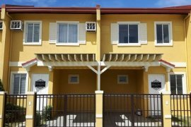 2 bedroom townhouse for sale in Santa Ana, Taguig