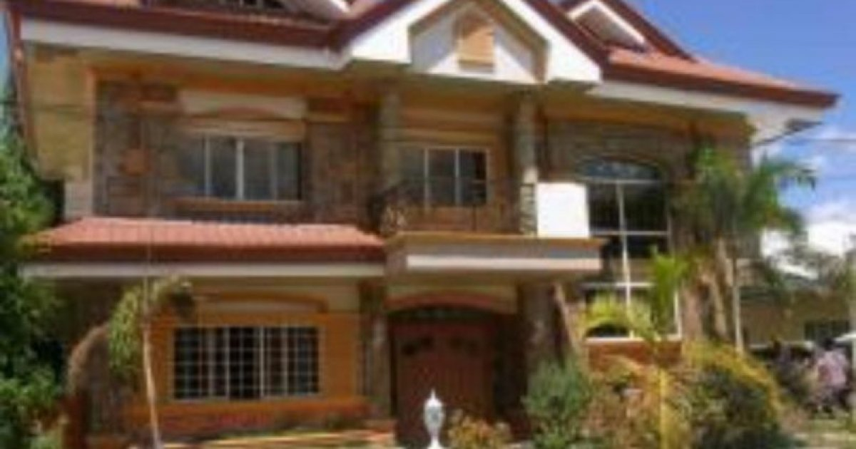 6 bed house for sale in angeles pampanga 12 900 000 for Six bedroom house for sale