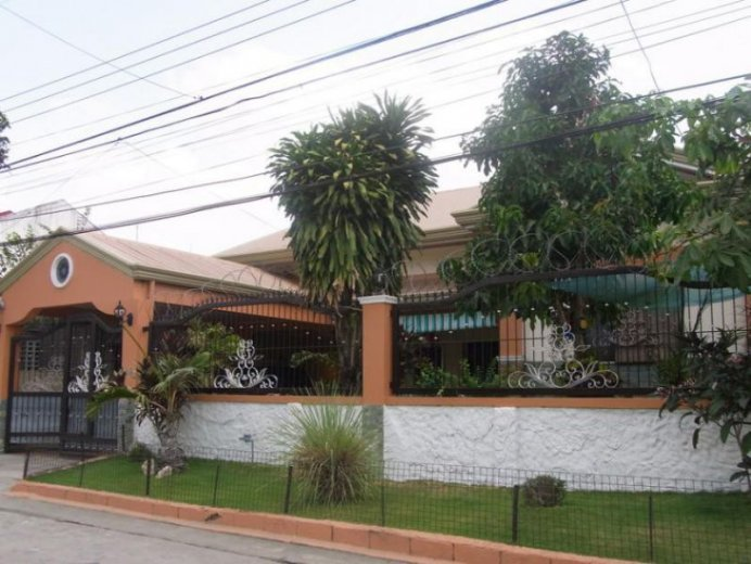 3 Bedroom House For Sale In Angeles Pampanga