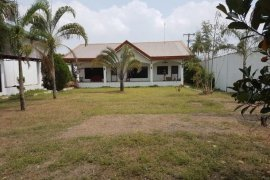 4 bedroom house for sale or rent in Angeles, Pampanga