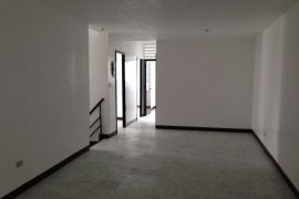 4 Bedroom Apartment for rent in E. Rodriguez, Metro Manila near LRT-2 Araneta Center-Cubao