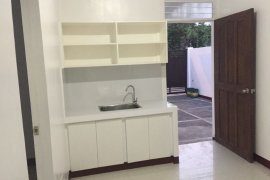 1 Bedroom Apartment for rent in East Kamias, Metro Manila near LRT-2 Anonas