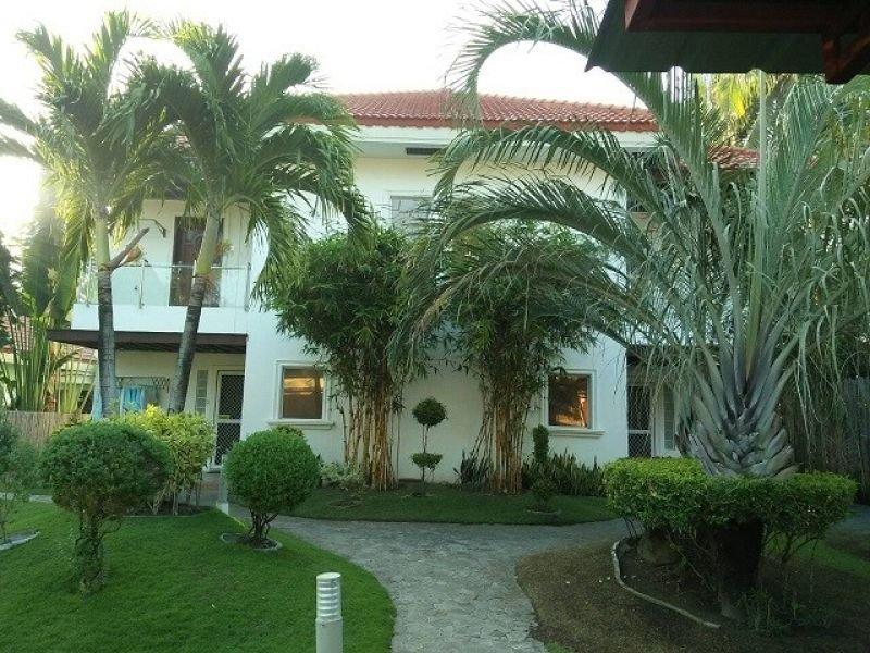 id-14534 zamboanguita beach condominium
