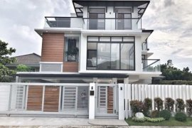 5 Bedroom House for sale in Fairview, Metro Manila