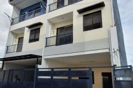5 Bedroom Townhouse for sale in Pinagbuhatan, Metro Manila