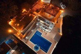 Villa for rent in Nasugbu, Batangas