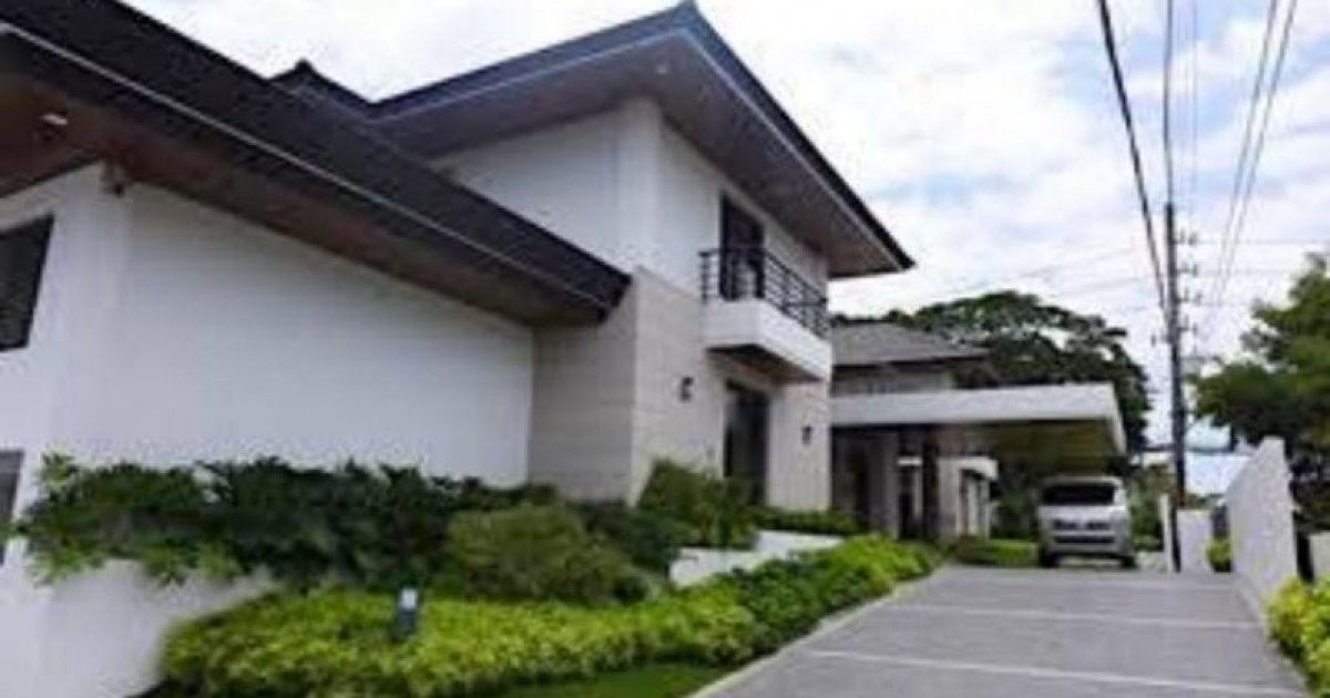 5 bed house for rent in muntinlupa manila 350 000 for Five bed house for rent