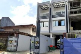5 Bedroom Townhouse for sale in Commonwealth, Metro Manila