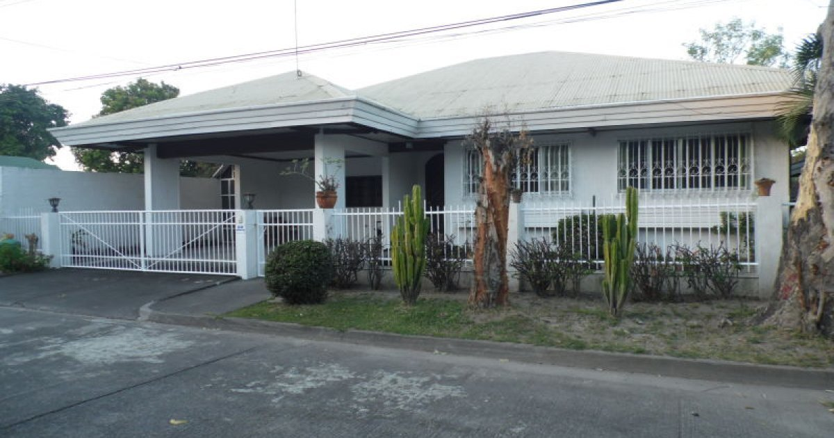 3 Bed House For Rent In Angeles Pampanga 28 000 2222186 Dot Property
