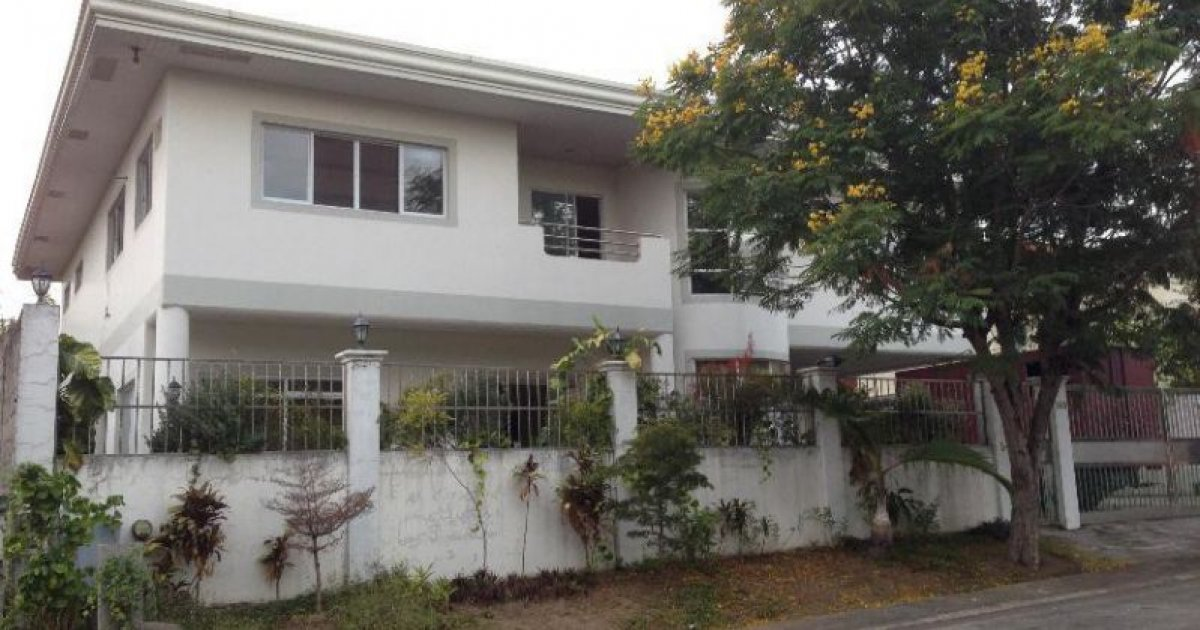 4 bed house for rent in muntinlupa national capital